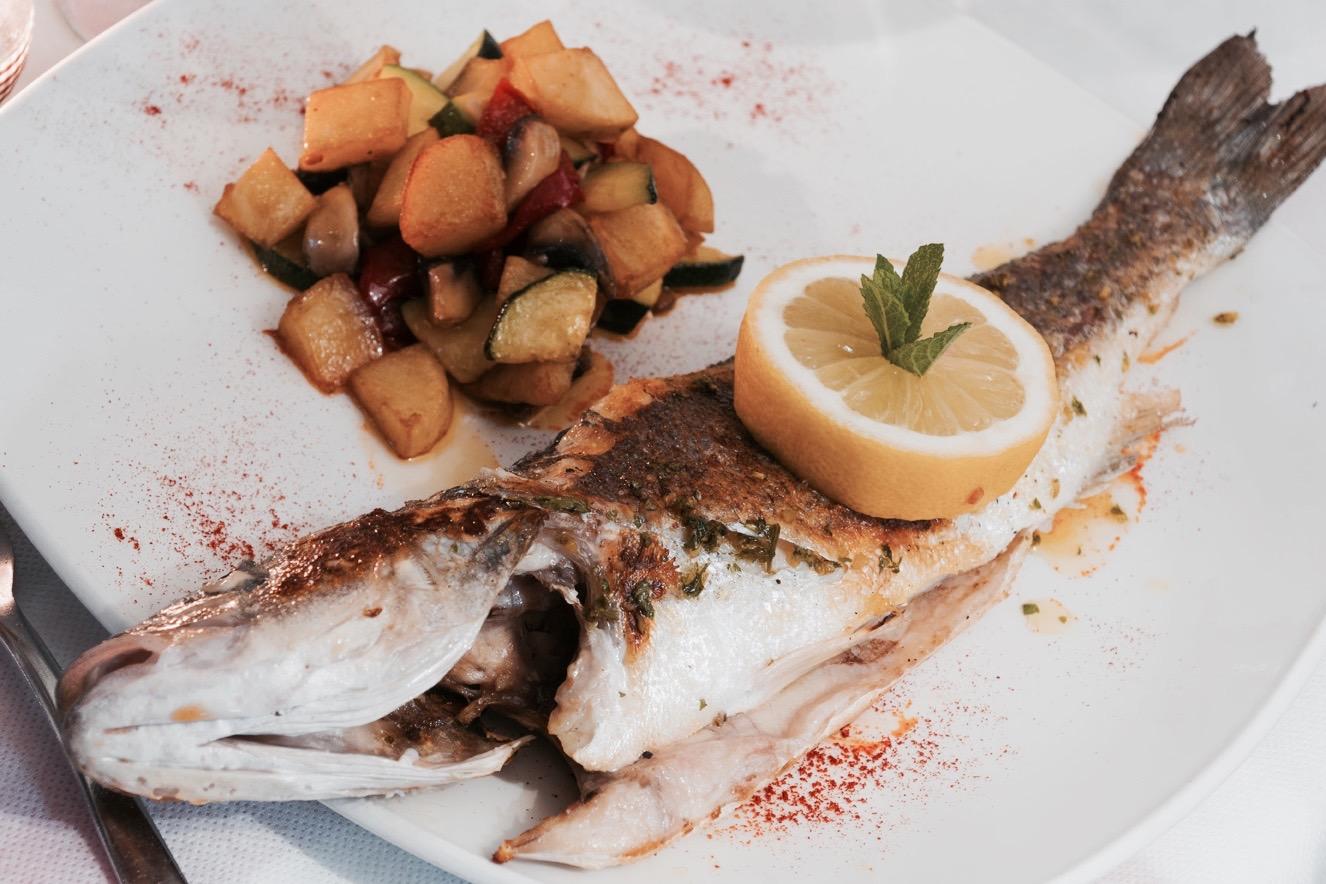 Fleischgerichte und Fischgerichte